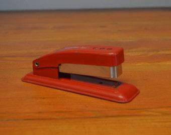 Vintage Swingline Cub stapler, red stapler industrial office accessories, working stapler, school supplies