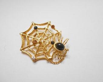 Vintage Halloween Spider & Spider Web Brooch (8698)
