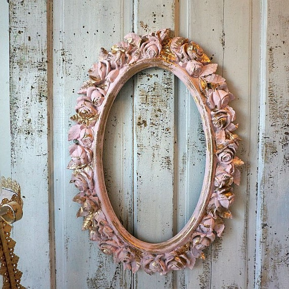 rose picture frame wall hanging large oval painted pink w. Black Bedroom Furniture Sets. Home Design Ideas