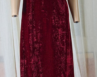 Cranberry colored, crushed velvet, full length gown, 1980's or 90s. Approx size 6