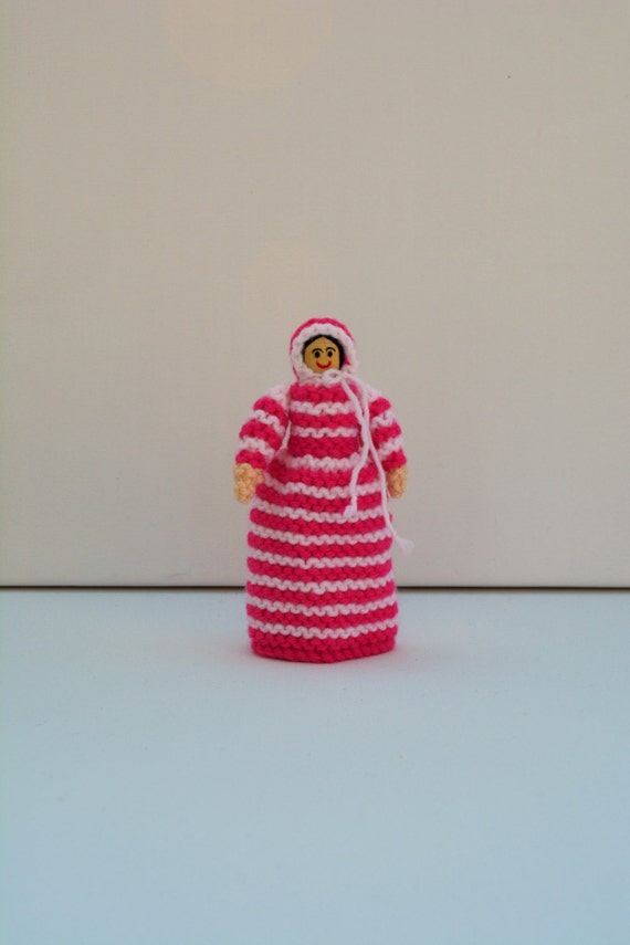 Knitting Patterns For Beginners Toys : Beginners Knitting Pattern Victorian Peg Doll Toy Knitting