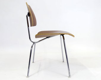 Herman Miller Eames Molded Plywood LCM Chair