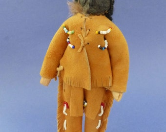 "7"" OJIBWA INDIAN MAN has dried apple face and corn husk body"