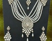 Indian Jewellery Handmade Silver Plated Alloy and Rhinestones Bridal Set Clear Stones AQ-121