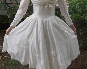 VINTAGE WEDDING DRESS 1950's Off-White Size Small