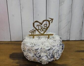 Wedding Cake Topper/Initials/Bride and Groom/Hearts/Arrow/Rustic Style/Acrylic/Wedding/Cake Topper/Wedding Decor/Cake Decor