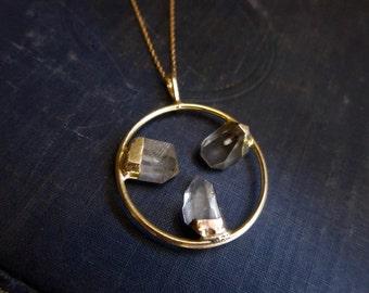 Quartz Necklace//Raw Stone Jewelry//Quartz Point Necklace//Raw Gemstone//Crystal Point Necklace//Healing Gemstone//Crystal Necklace Gold