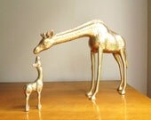 Vintage Brass Giraffes Figurine, Mother and Baby Giraffe Figurines, Brass African Animal Statues, Pair