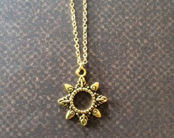 Gold Sun Necklace - Gold Sun Necklace in Handmade - Sun Necklace - Sun Necklace in Handmade - Sun Necklace Gold - Sun Jewelry - Sun Pendant
