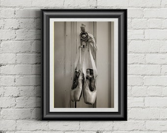 Pointe shoes, teen decor, ballet photography, ballet shoes, dance photography, dance wall art, girl room decor, black and white, dance print