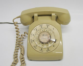 Vintage Rotary Dial Phone: Beige Plastic Rotary Phone from Bell Canada 1970s - in Working Condition