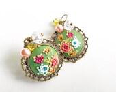 Green Earrings, cute boho jewelry, boho earrings, lightweight earrings,dangle earrings, autumn jewelry,vintage style earrings, clay earrings