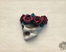 Gothic skull and rose 'The Death of Love'  handmade brooch - Pearl polymer clay - Red + bronze flower garland - Medieval Macabre Goth gift