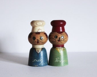 Vintage 1950s Mid Century Salty and Peppy Cat Wood salt and pepper shakers