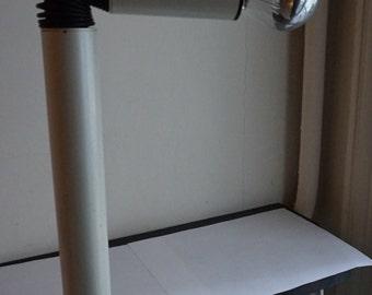 Lamp StilnovoPeriscopio design Italie  Arteluce Eames Pantone