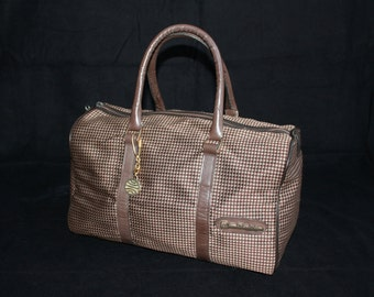 Small travel bag brown beige vintage 70 hand bag week-end handy chic hand luggage carry-on woven pattern geometric