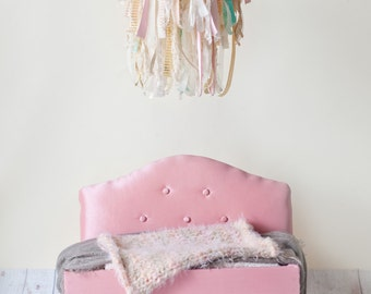 Photography Prop Ribbon Chandelier