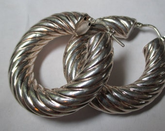Ladies large sterling silver ribbed hoop earrings