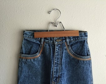 Rio Acid Wash High Waisted Jeans With Leather Accents // Mom Jeans // Small