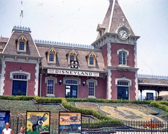Vintage Red Border Kodachrome Slide..Disneyland Sante Fe Train Station 1956, Original 35mm Photo Slide, American Social History Photo