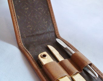 Vintage English Leather Grooming Kit