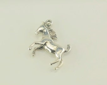 Vintage Horse Sterling Silver Pendant 1 Inch Tall