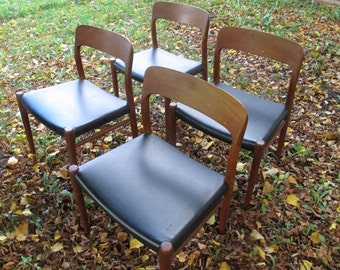 JL Moller Danish Teak Wood Chairs Set of 4 Niels Moller Chair Dining Chairs Black Made in Denmark Chairs MCM Mid Century Modern Dining Chair