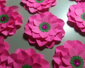 Lot of 20 paper 3D dahlia  2 inches