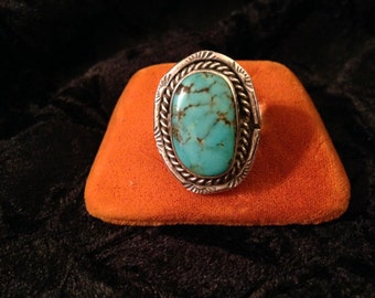 Vintage Southwestern Style Sterling Silver Turquoise Ring - Size 9.5