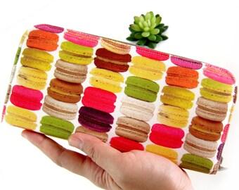WOMEN'S WALLET, Fabric Wallet, Handmade zipper wallet, Women's wallet, Zippered wallet for your goodies Safety. Yummy Fabric !!!
