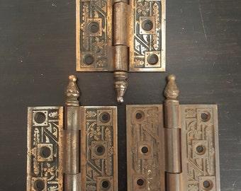 2 1/2 x 2 1/2 Cabinet or Door Antique Bronze Feather Hinge 531223