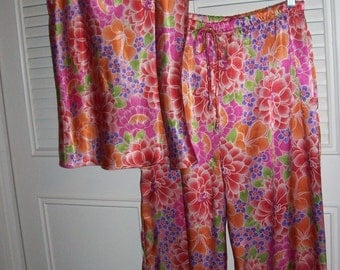Natori Pajamas, 12, Cruz  Asian Flower Floral Print Two Piece Sleep Set Pajamas P.J.s Size Medium Josie Natori