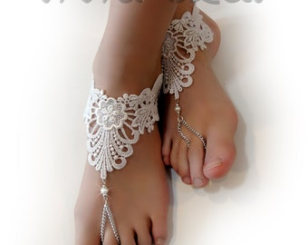Lace Chain Barefoot Sandals. White Foot Jewelry. White Pearl Beaded Barefoot. Silver Chain Bridal Anklets. Beach Wedding. Set of 2 pcs.
