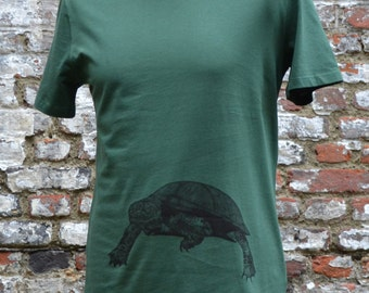 Green T-shirt Man | turtle print | animal print | Eco Friendly & Fair Trade Tee | Summer T-shirt Man | Turtle T-shirt Man | ArtEffectPrints