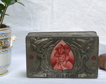 Box biscuits OLIBET metal, art nouveau style, decorated with a portrait of a galante