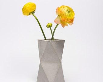 frauklarer Original Geometric Concrete Vase , Geometrical Concrete Minimalist Vase