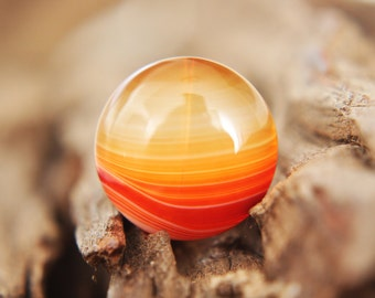 Gemstones - orange Onyx Agate cabochon - round - autumn / rust / red / earth / peach / yellow / white / clear