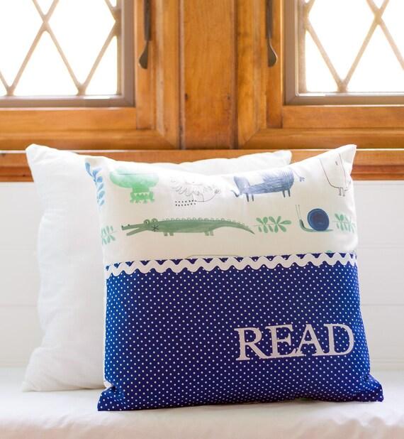 Pocket Reading Pillow/Pocket Pillow Safari Friends