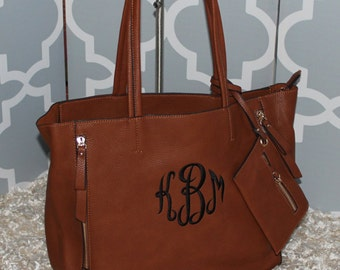 Monogrammed Faux Zipper Handbag/ MORE COLORS--Bucket Style Tote/Great Gift/ All Season Bag