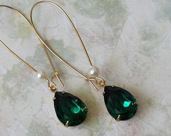 Emerald Teardrop Earrings, Swarovski Drop Earrings, Bridesmaids Jewelry, Emerald Rhinestone Earrings, Bridesmaid Earrings, Crystal Earrings