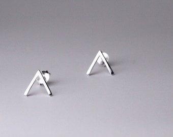 Chevron Stud Earrings, Sterling Silver V Stud, Geometric Earring, Chevron Studs, Minimalist Earrings, Geometric Earring, Chevron Earrings