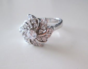925 Sterling silver Crystals Flower ring, size 7.5
