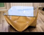 "Parametric table ""sombrero"""