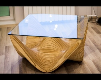 "Parametric table ""sombrero"""