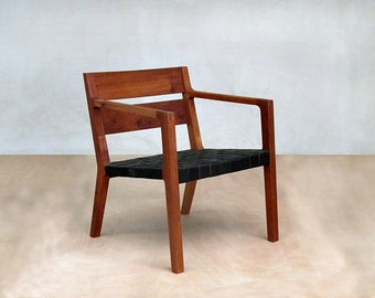 Danish Modern Chair, Mid Century Chair, Black Leather Armchair, Sustainably  Sourced, Royal