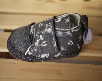 Handmade Baby shoes 9  12 months Cotton and Denim baby shoe