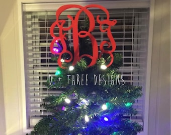 Painted Monogram Christmas Tree Topper // Wooden Monogram Decor // Tree Topper // Wooden Monogram // Winter Decor // You Pick The Color