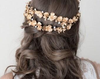 Bridal headpiece. Bridal crown. Bridal wreath. Boho wreath. Wedding headpiece. Gold headpiece. Style 621