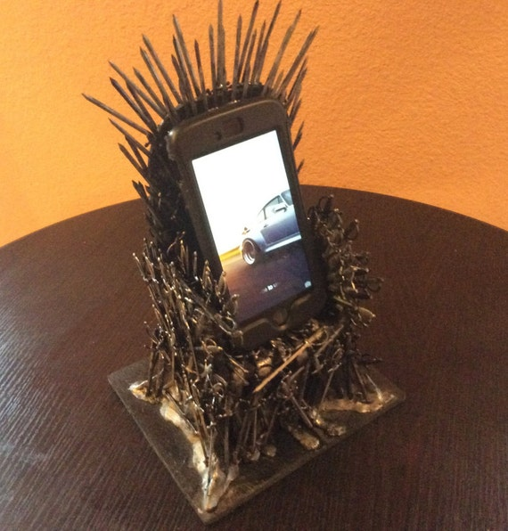 game of thrones iron throne cell phone holder