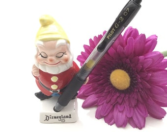 Vintage Bashful Disneyland Souvenir Pencil Holder Dwarf Pen Holder